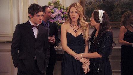 plotkara Serena randki spotyka się z młodszymi chłopakami na studiach