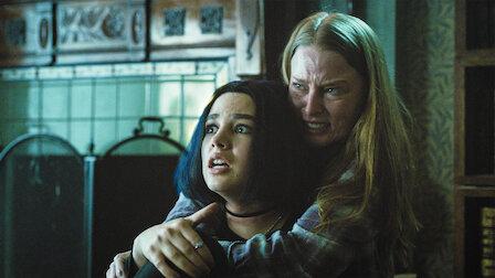 觀賞柯莉安德。第 1 季第 10 集。